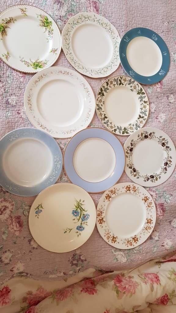 20 vintage dinner plates