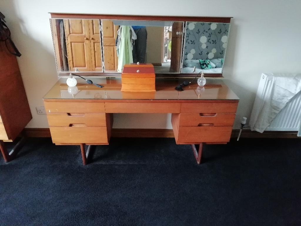Uniflex Furniture