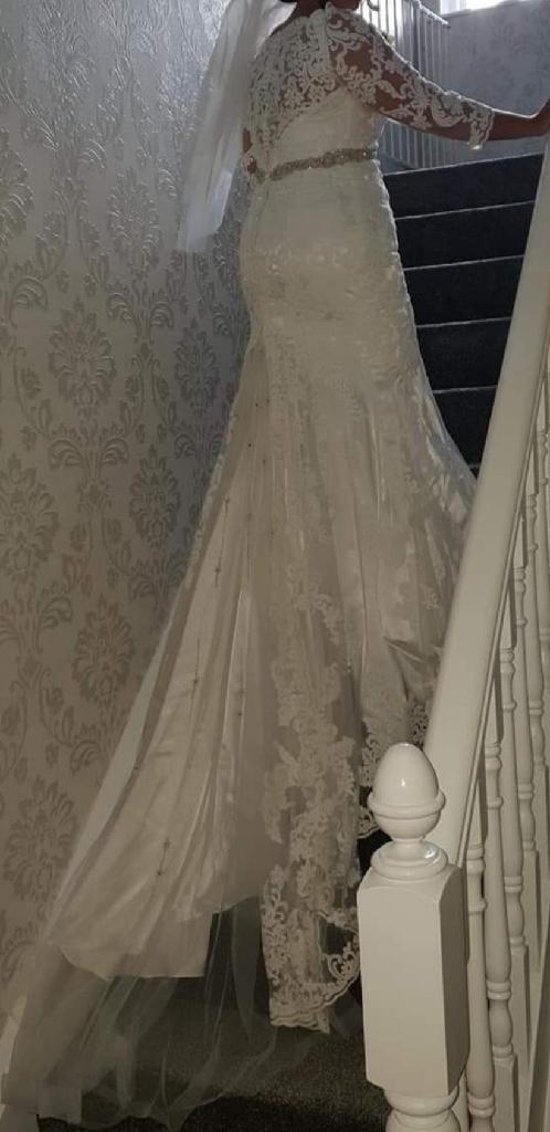 Ronald joyce stunning wedding dress