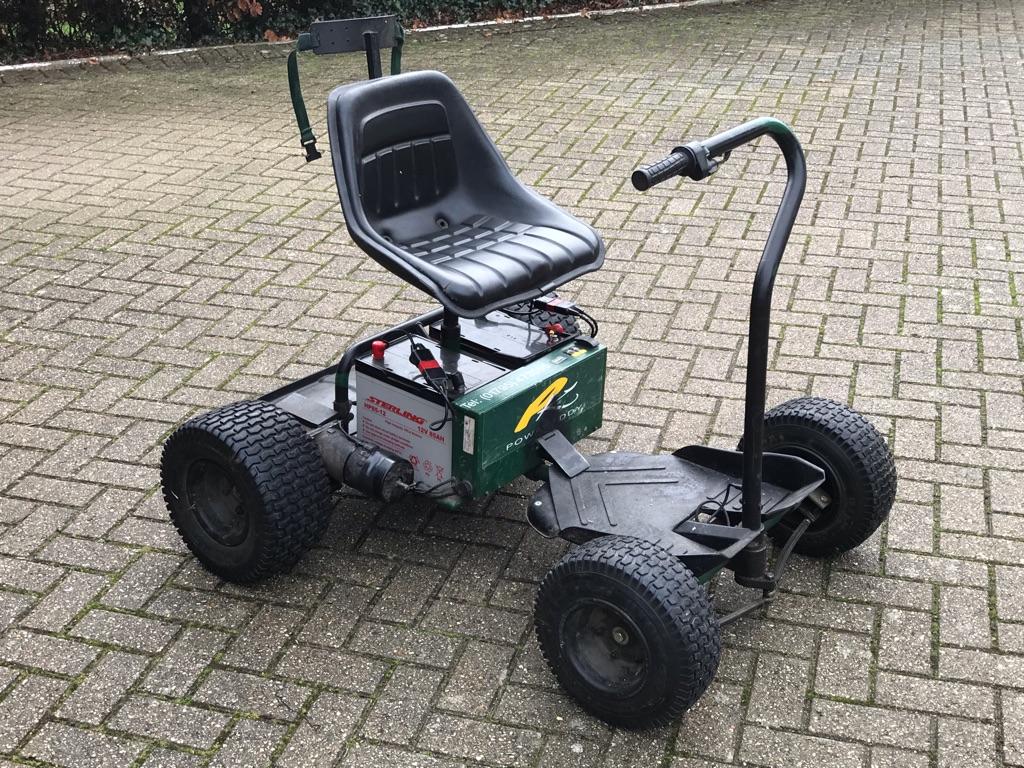 Powakaddy electric golf buggy
