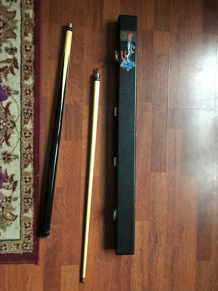 Pool cue and box