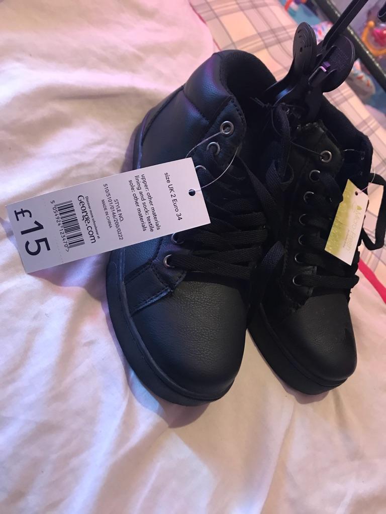 Boys school shoes size 2