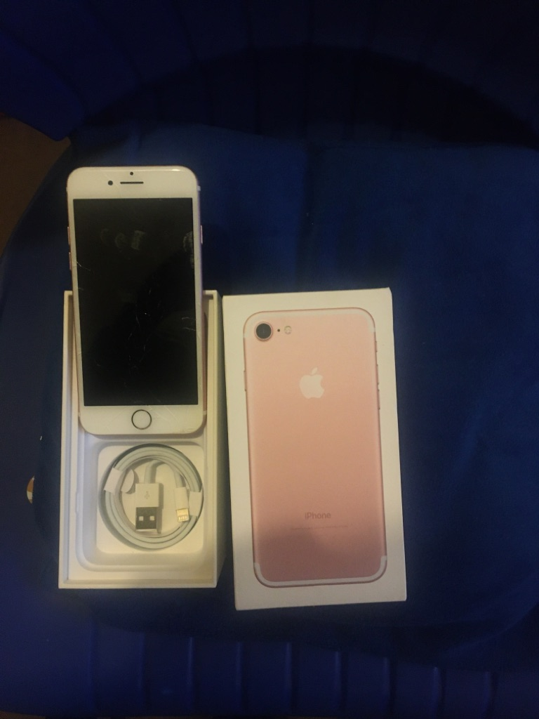 iPhone 7 ROSE GOLD Unlocked 32GB