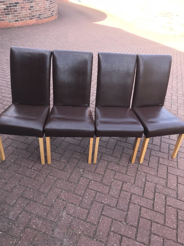 Oak table 4 x faux leather brown chairs