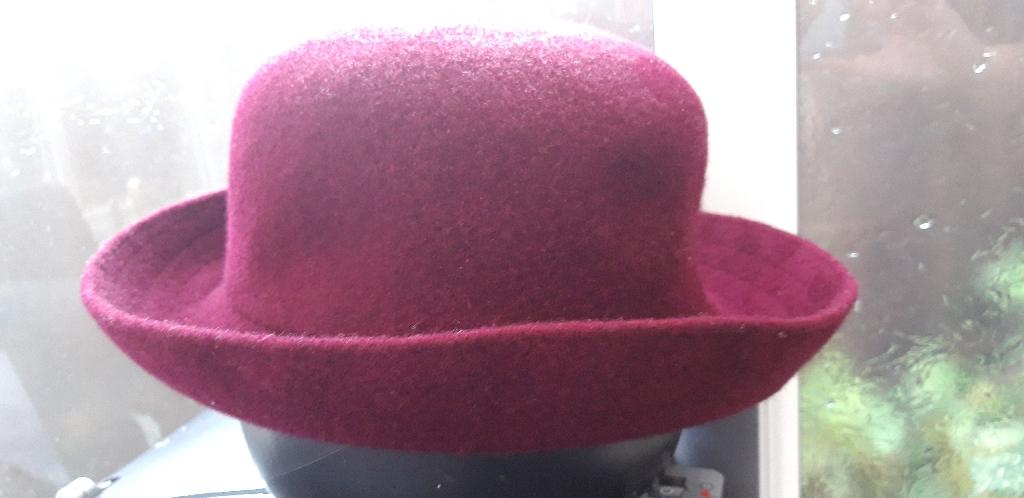 Kangol ladies hats