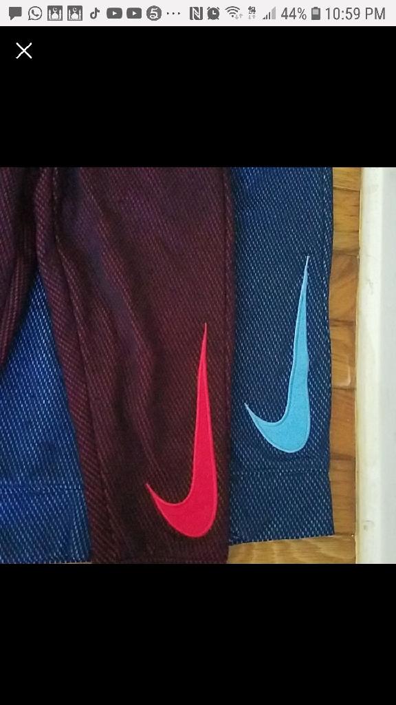 Nike paints