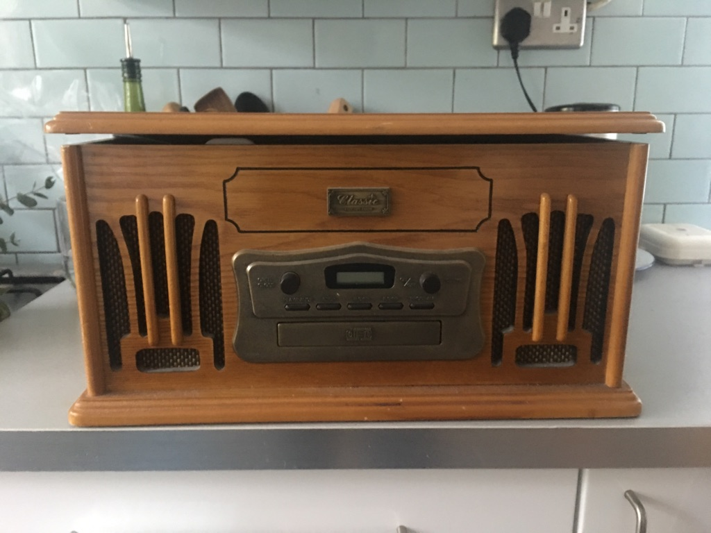 Record/cd/tape player