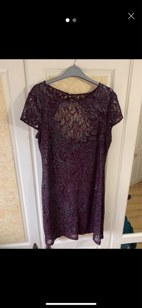 Designer Scarlett Lace Dress - Size 14