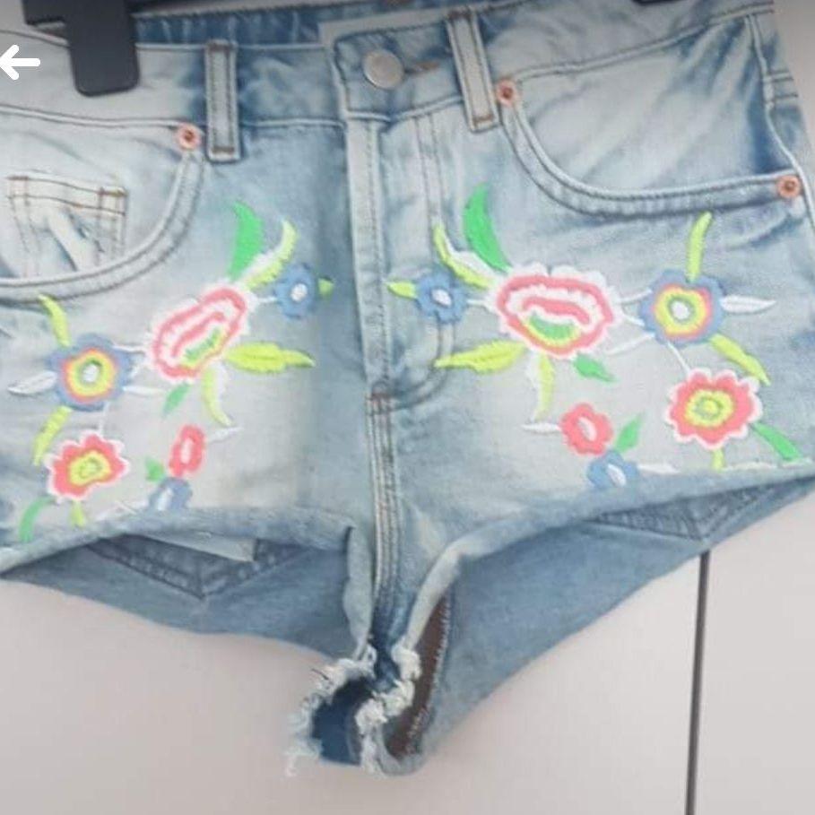 Topshop shorts size4