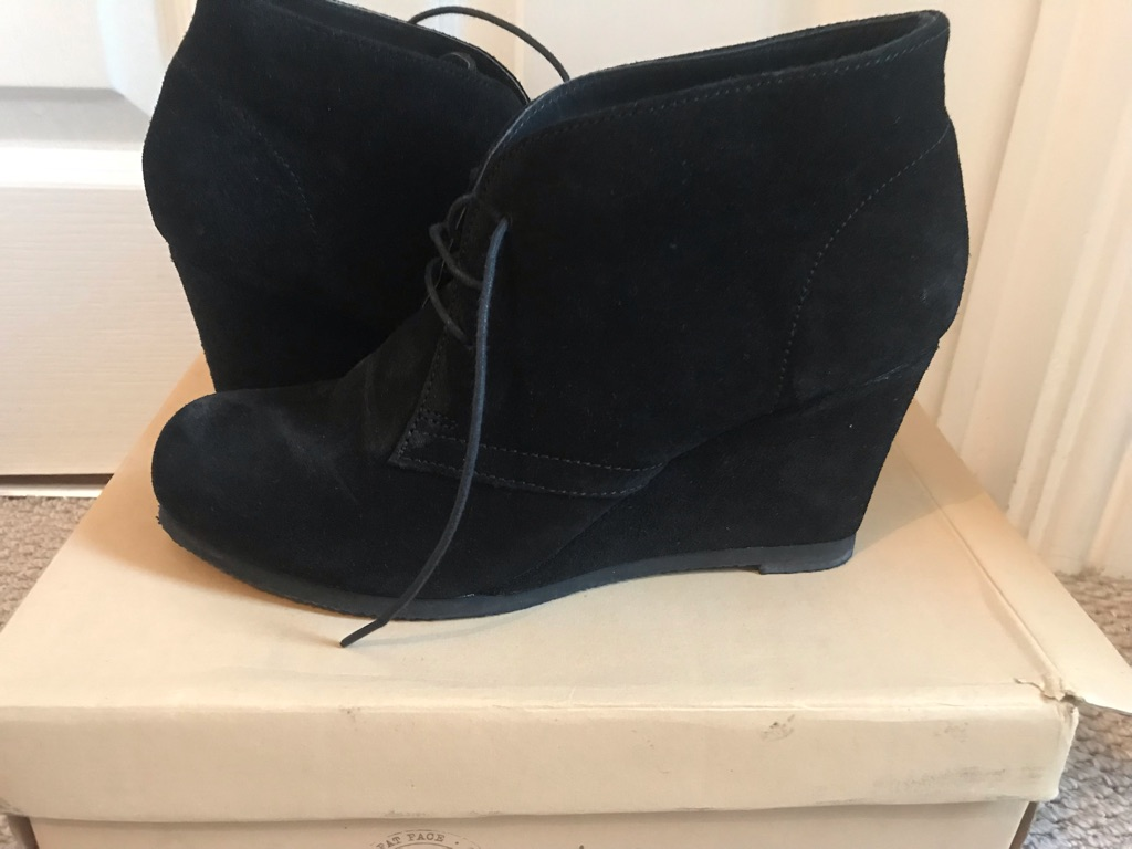 Fat face women suede ankle boots size 6