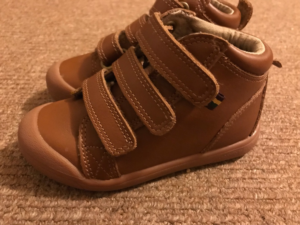 Infant size 7 M&S brown Velcro boots