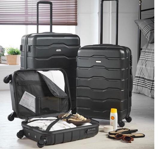 3 luggage's