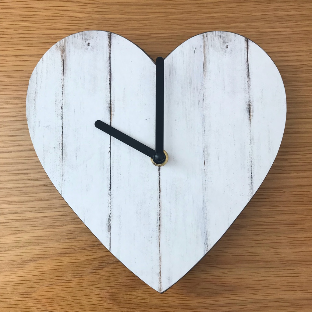 Shabby Chic Heart Clock