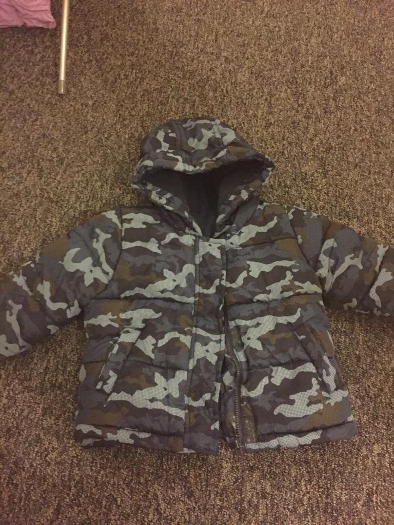 Boys 6-9 month coats snowsuits body warmer
