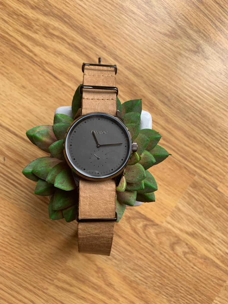 Tayroc leather strap watch