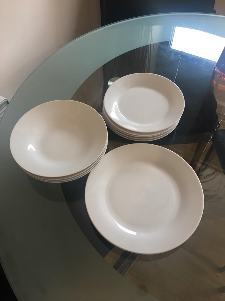 Dinnerware dishes