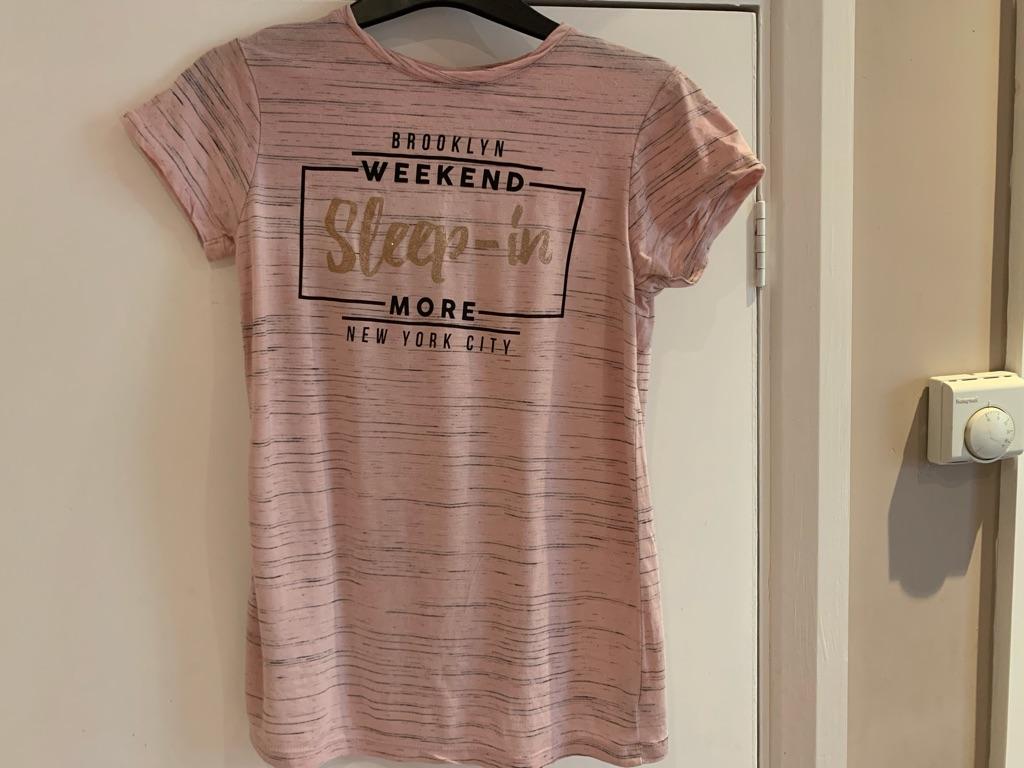 Pink New York T-shirt 10-11 years