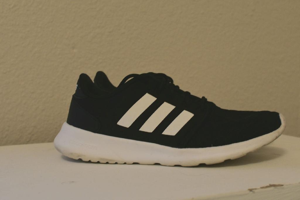 Adidas women's size 6
