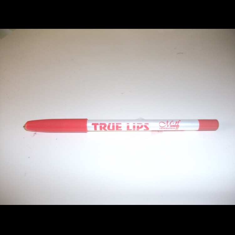 M.N Lip Pencil