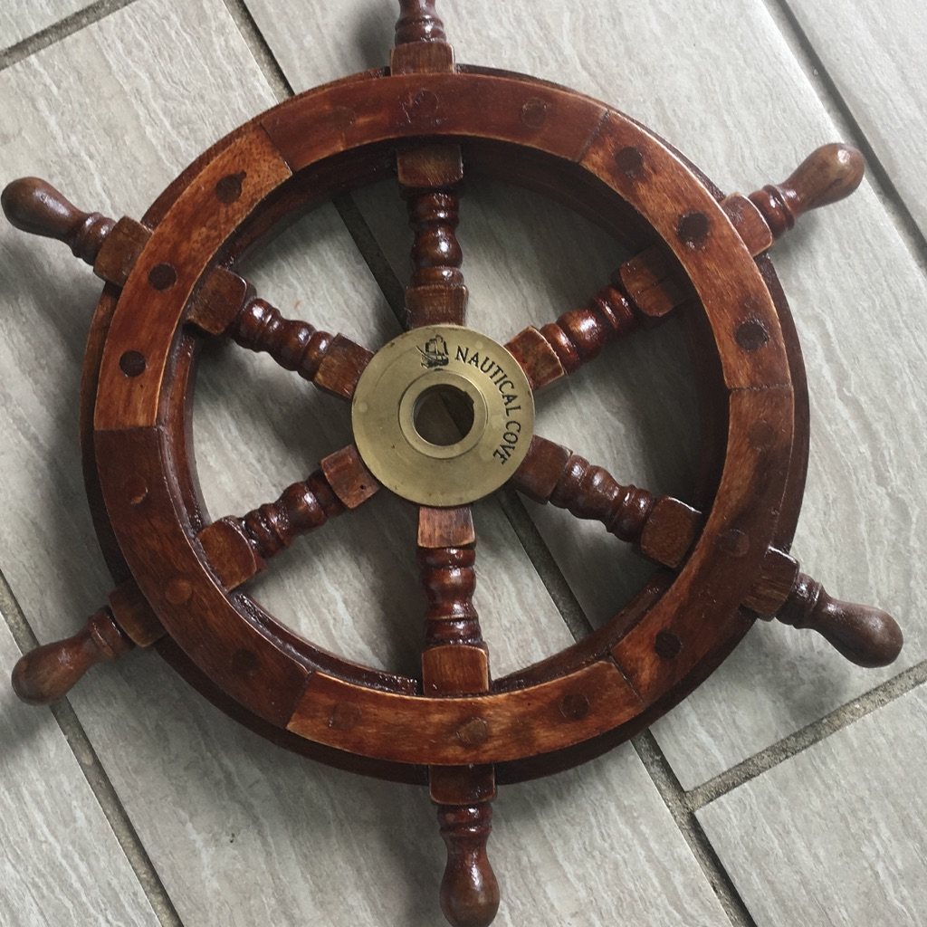 Pirate wheel for wall decor