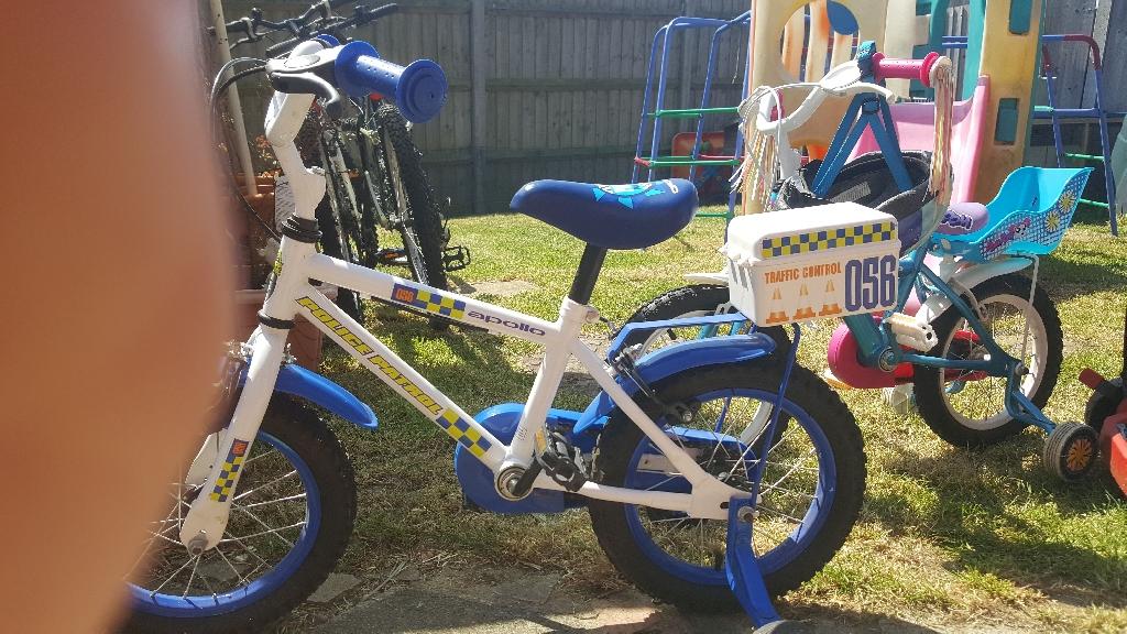 Apollo police bike