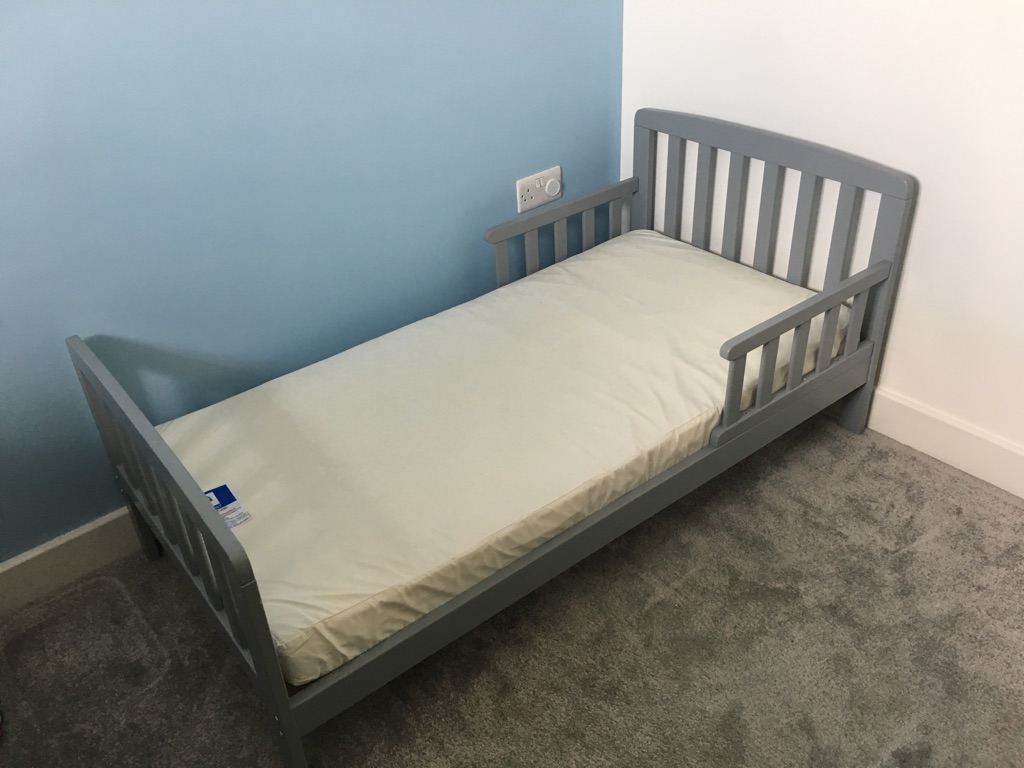 Wooden Grey toddler bed with or without mattress
