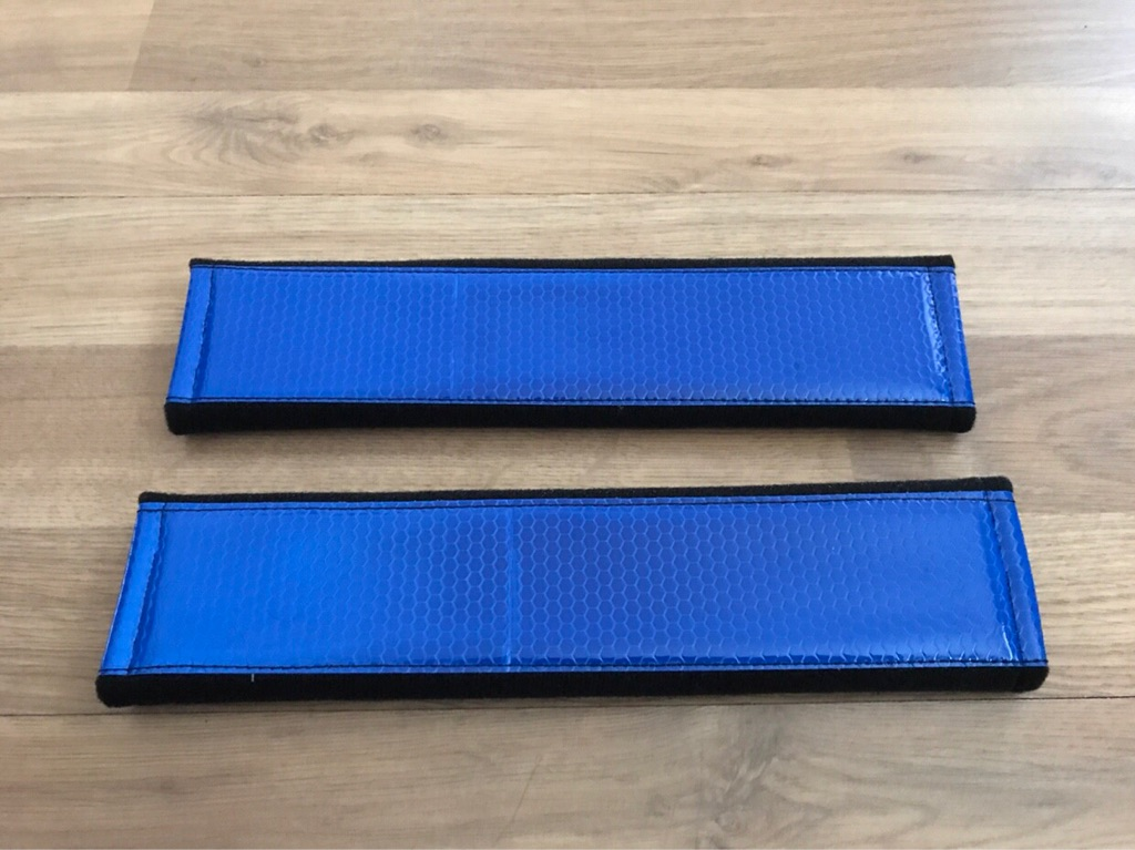 2X Seat Belt Pads Gift Reflective Blue Reflection Fluorescent Night Vision Tuning Sport BMW