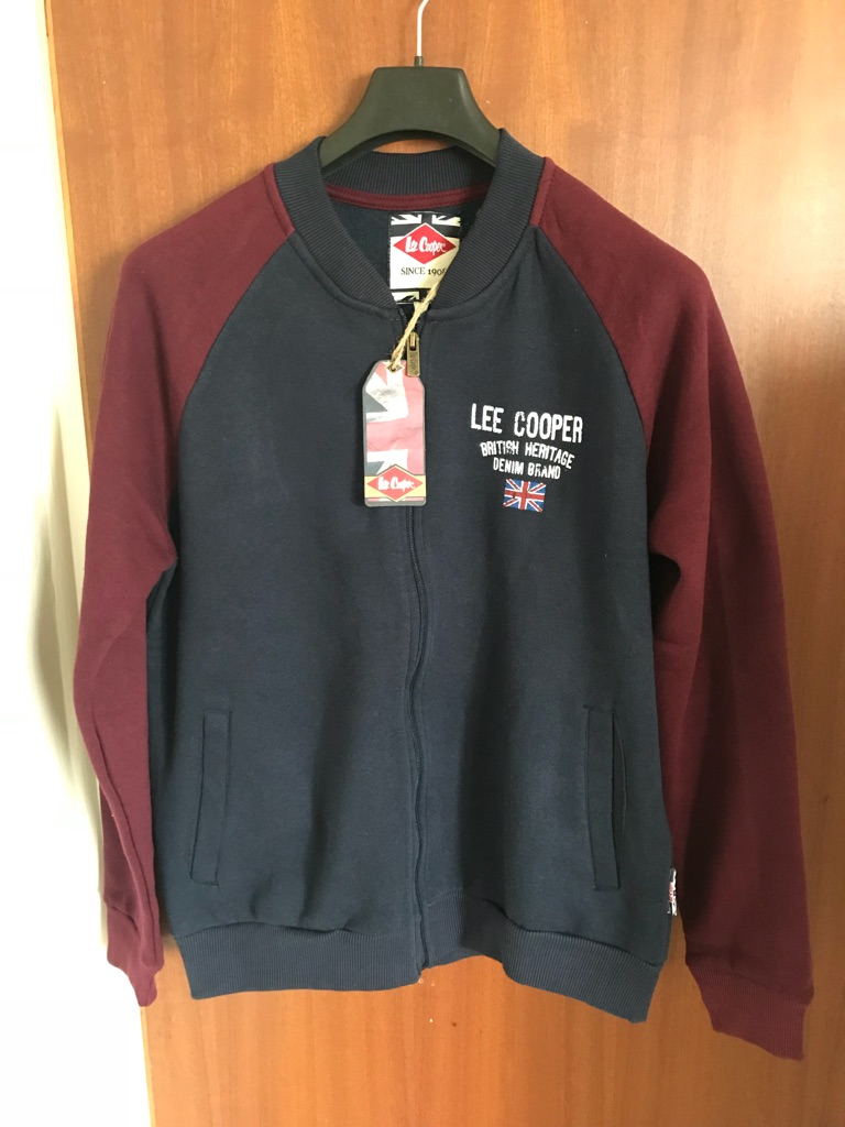 Lee Cooper zip top