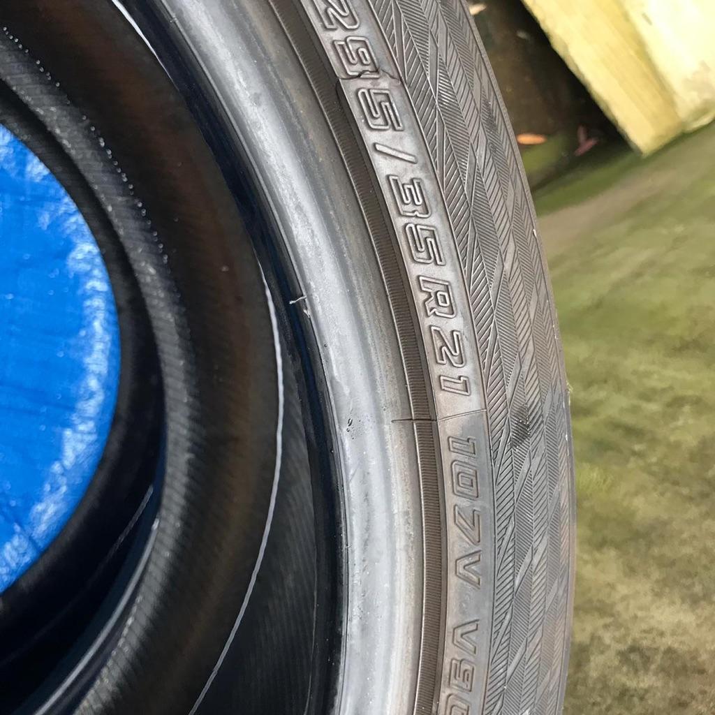 Selling 4 winter wheels Yokohama 295 / 35 R21 / 107V