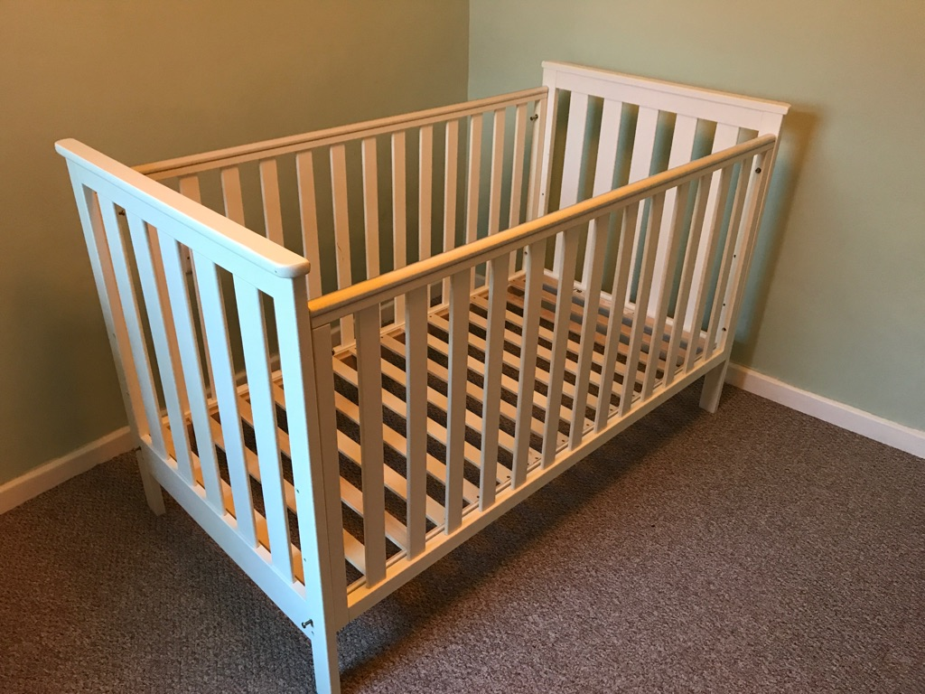 Mothercare Cotbed Jamestown White plus Mattress