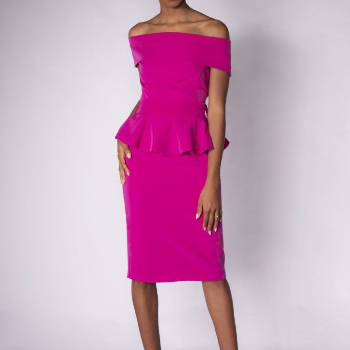 Off shoulders dress
