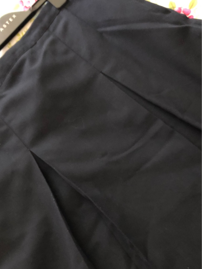Glenlola Collegiate Navy School Skirt 28w 24l