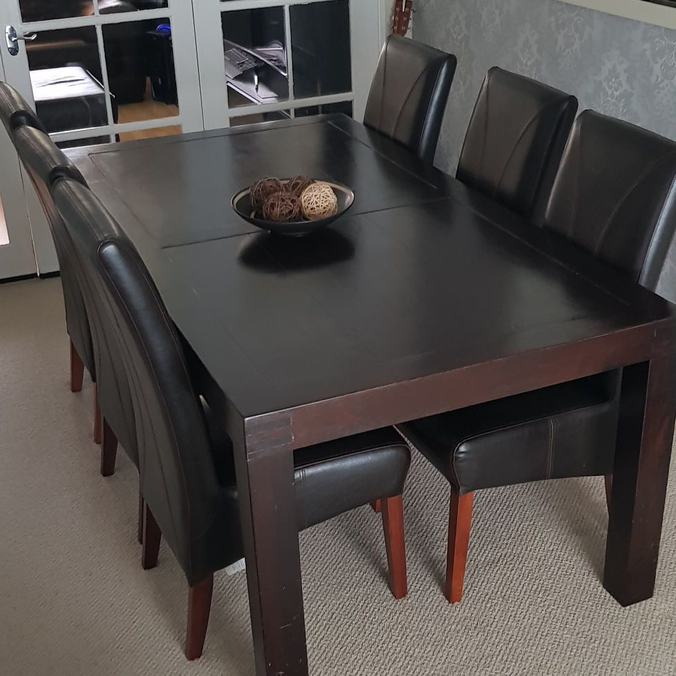 Dfs Dining Table & 6 chairs