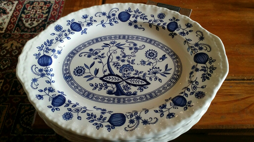 6 Wedgewood large oval plates