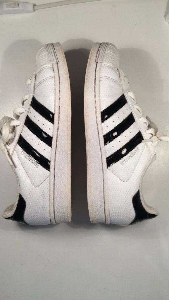 adidas superstar size 4