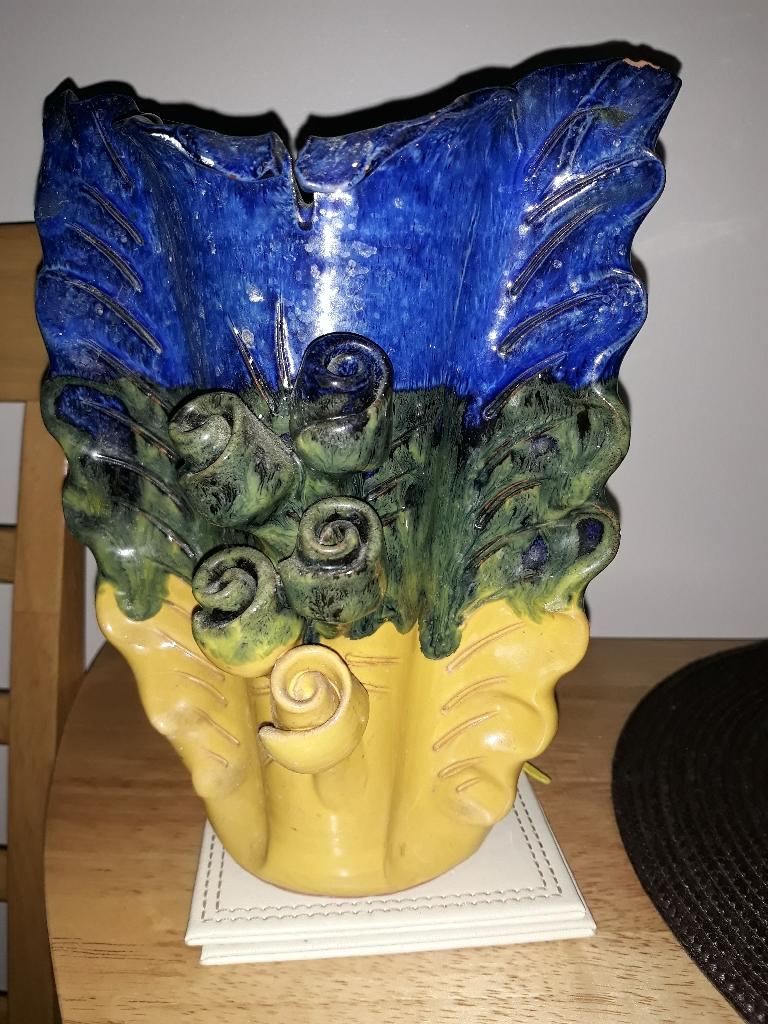 Vase.. 2 pictures
