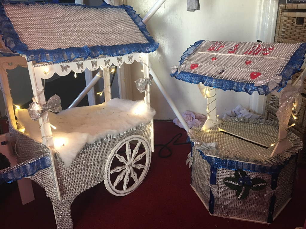 Small tabletop sweet cart and wishing well