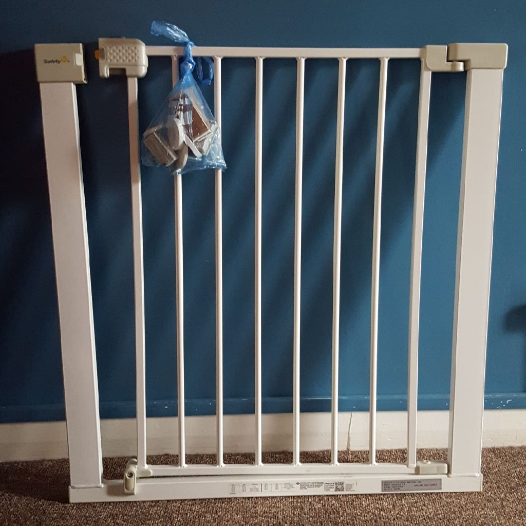 Safety 1st simply-Close Metal Stair Gate