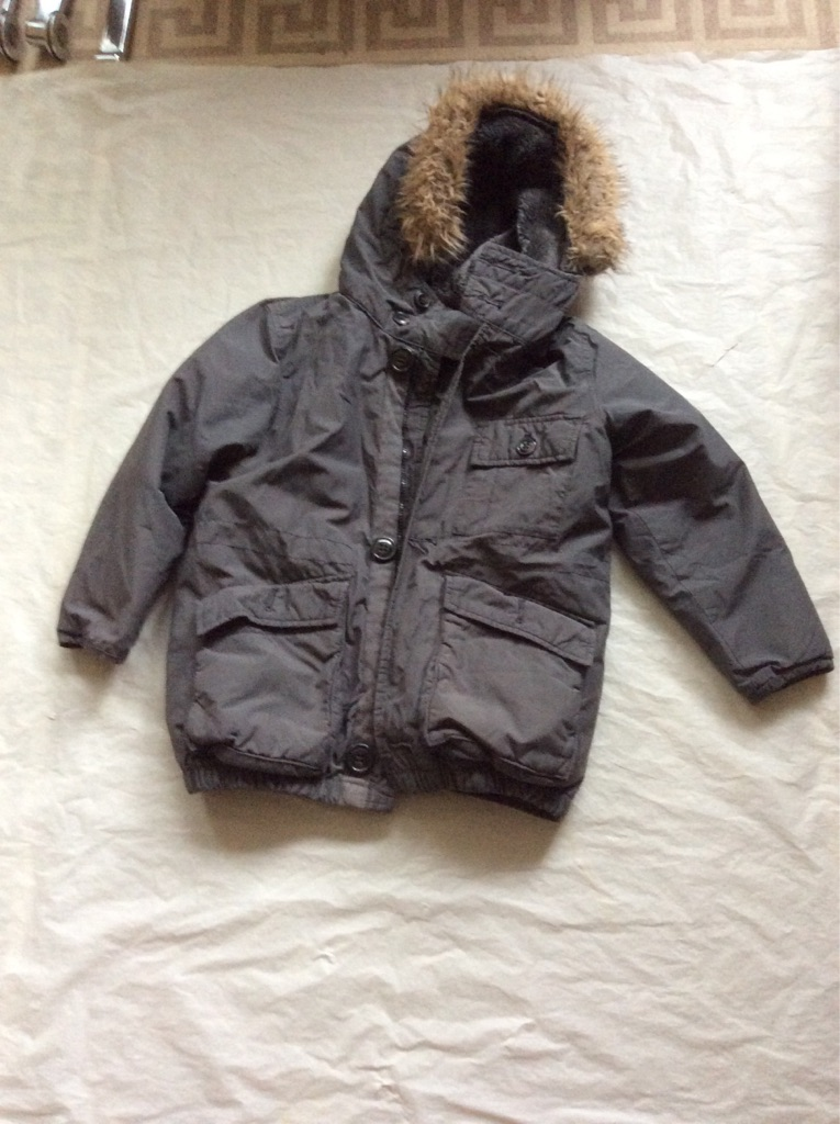 Gap kids winter coat ages 6-7 years
