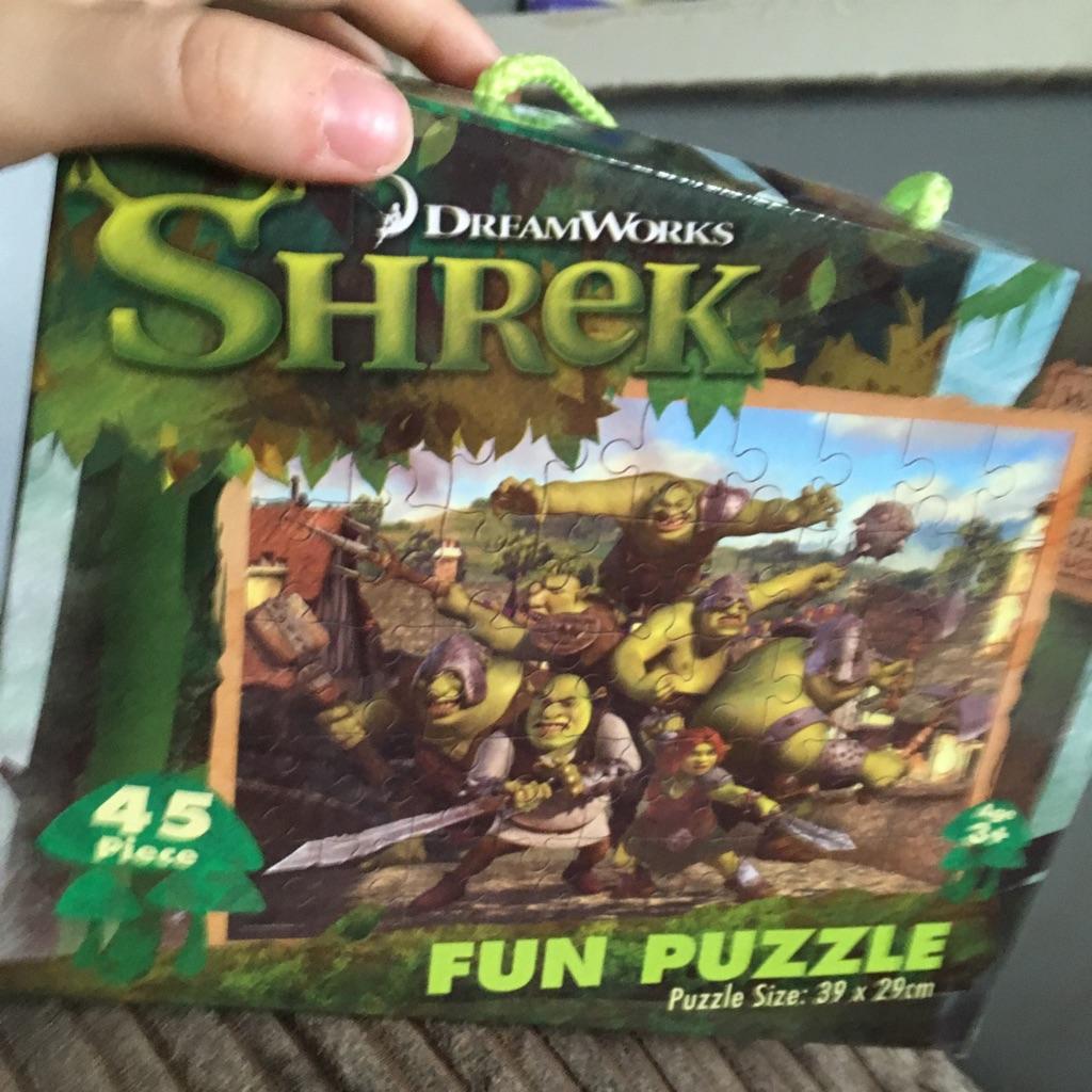 Shrek puzzle 45 pieces