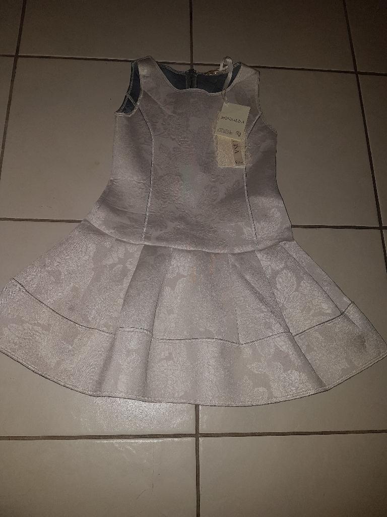 Monnalisa Dress & bling collar age 6