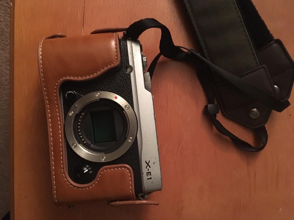 Fujifilm xe-1
