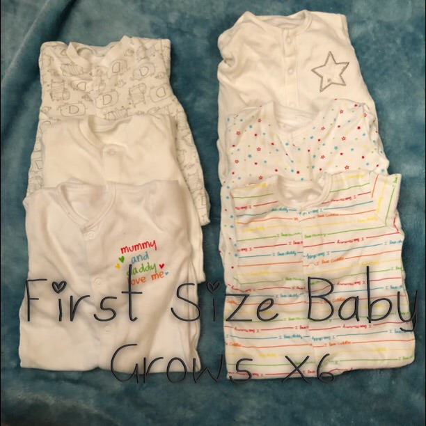 Baby girls bundle of clothes