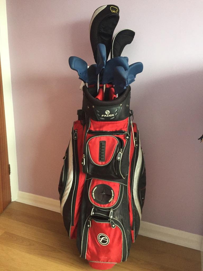 Golf clubs set
