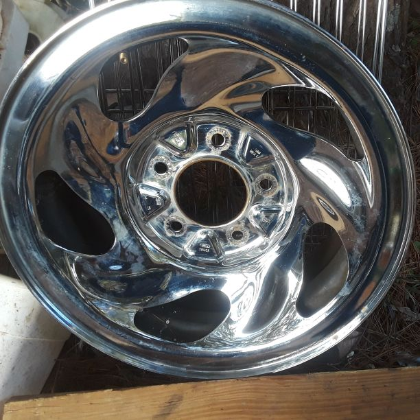 Nice spare Ford rim 15 inch $ 30.00
