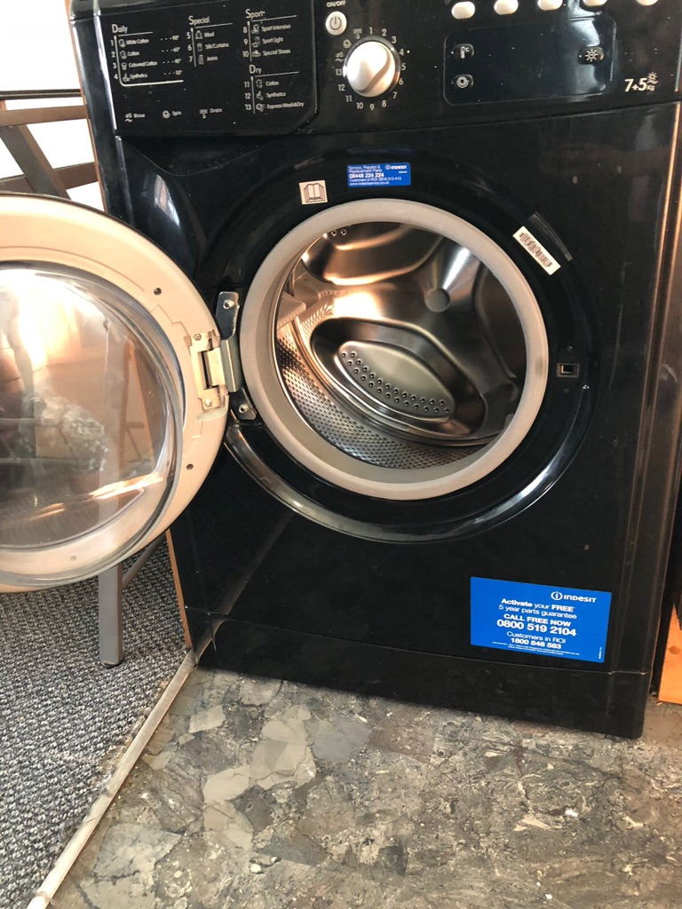 Wash and dry washing machine