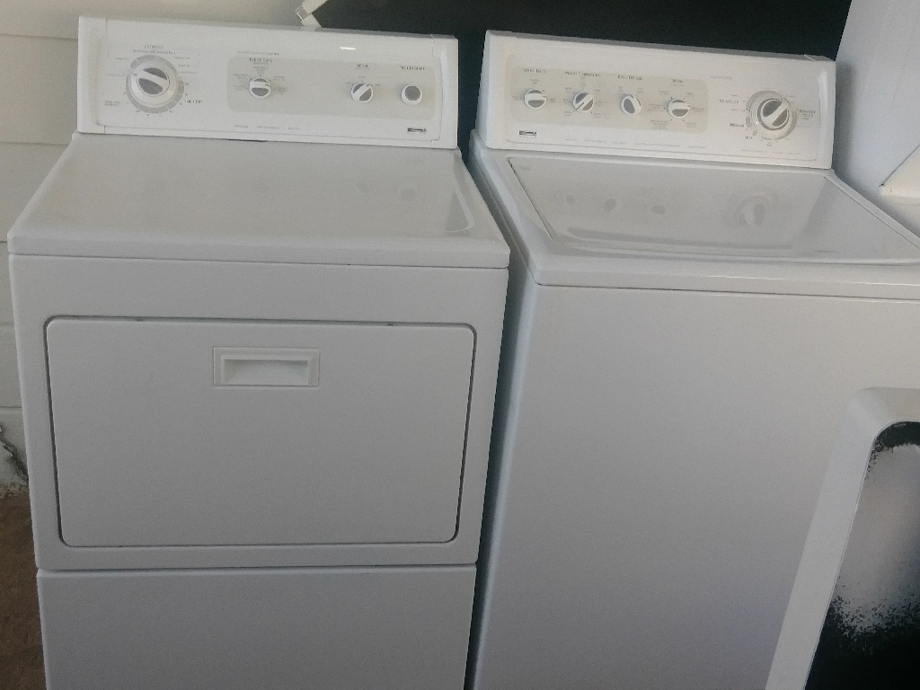 Kenmore washer & dryer pair (gas)