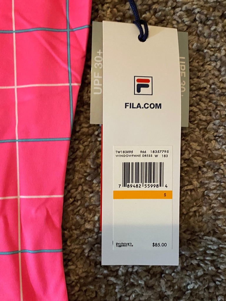 $38 FILA PERFORMA ENERGY +UV stretches - sizes small and medium dress