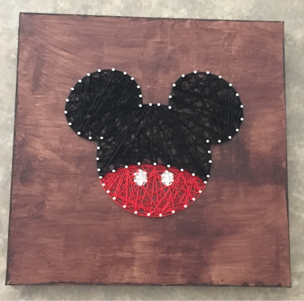 Favorite Mouse String Art