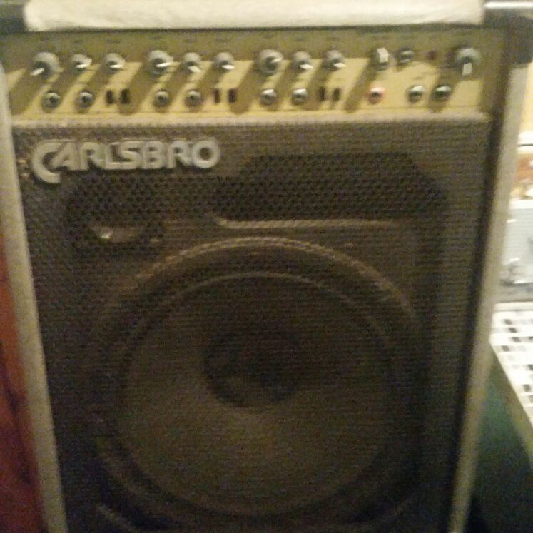 Carlsbro PA amp